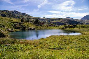 Lake Pond Mountains Rocks Valley  - Pat_Scrap / Pixabay